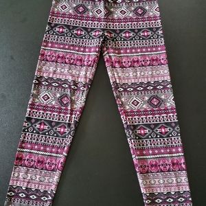 Knitworks girls size L pants. Multicolored